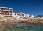 Bienvenidos a Zodiac Apartments Es Canar Ibiza. (Self Catering)